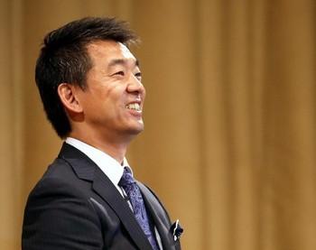 笑顔の橋下徹市長の写真