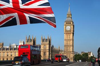 イギリス国旗と町並みの写真