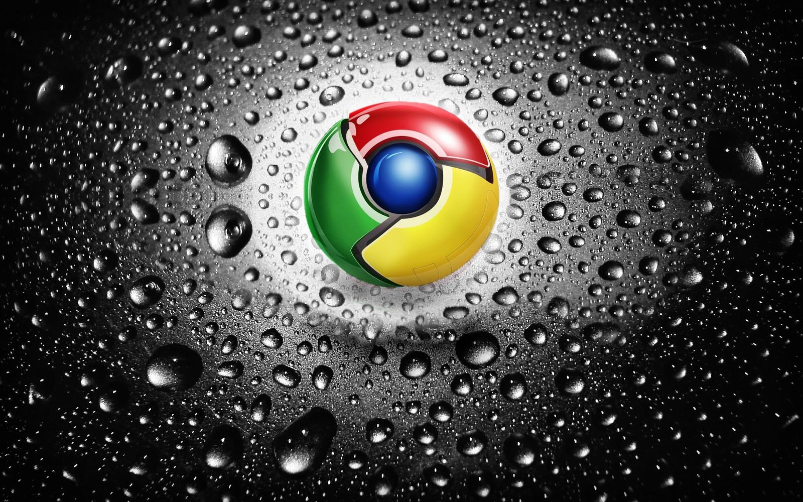 グーグルクロームのロゴが雨に濡れた画像